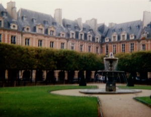 Place des Vosges built 1612. Victor Hugo lived in one of the houses - which you can visit today as a museum!